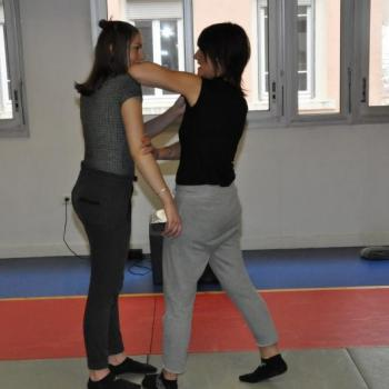 self défense féminine lyon